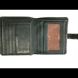 Dooney & Bourke Bags - Dooney&Bourke Forrest Green Genuine Leather Wallet